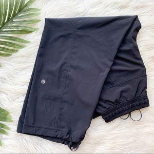 Lululemon | Dance studio crop navy pant size 4